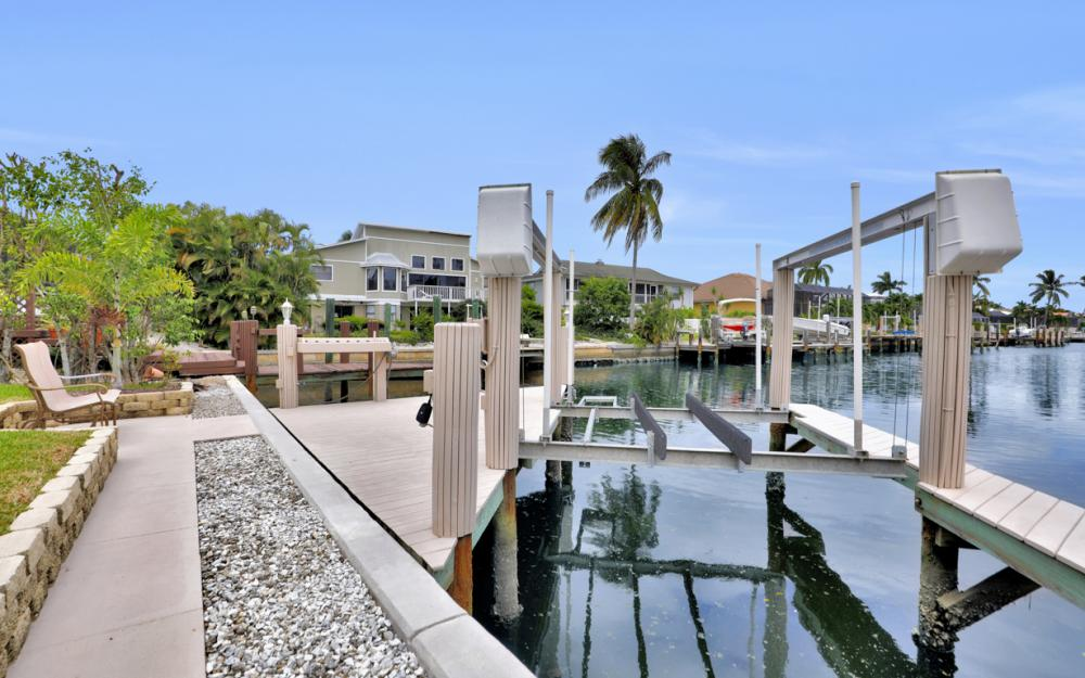 12 Algonquin Ct, Marco Island - Vacation Rental 775356696