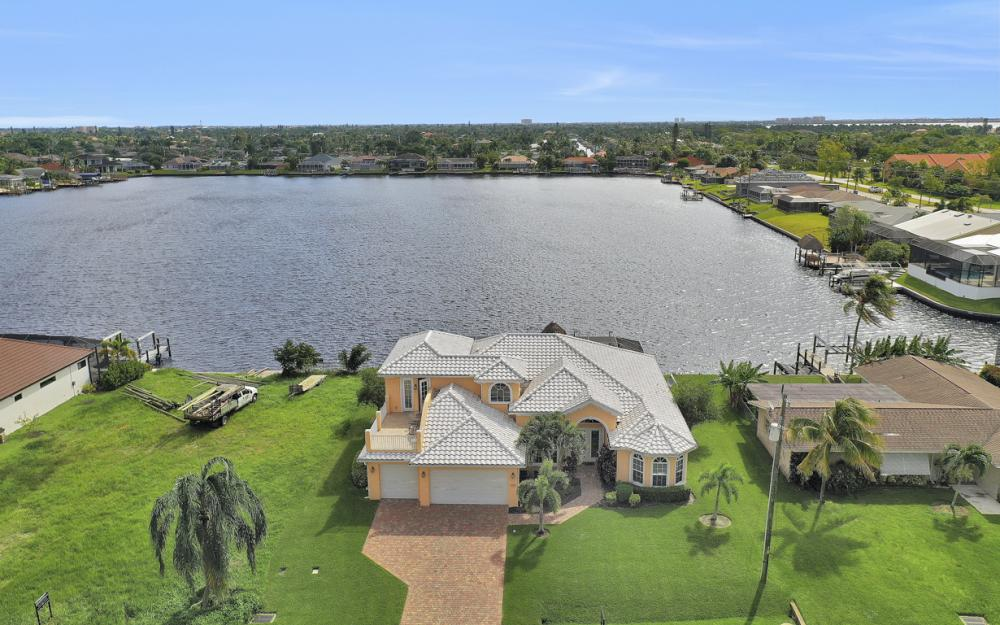 5423 SW 6th Ave, Cape Coral - Home For Sale 2012681322