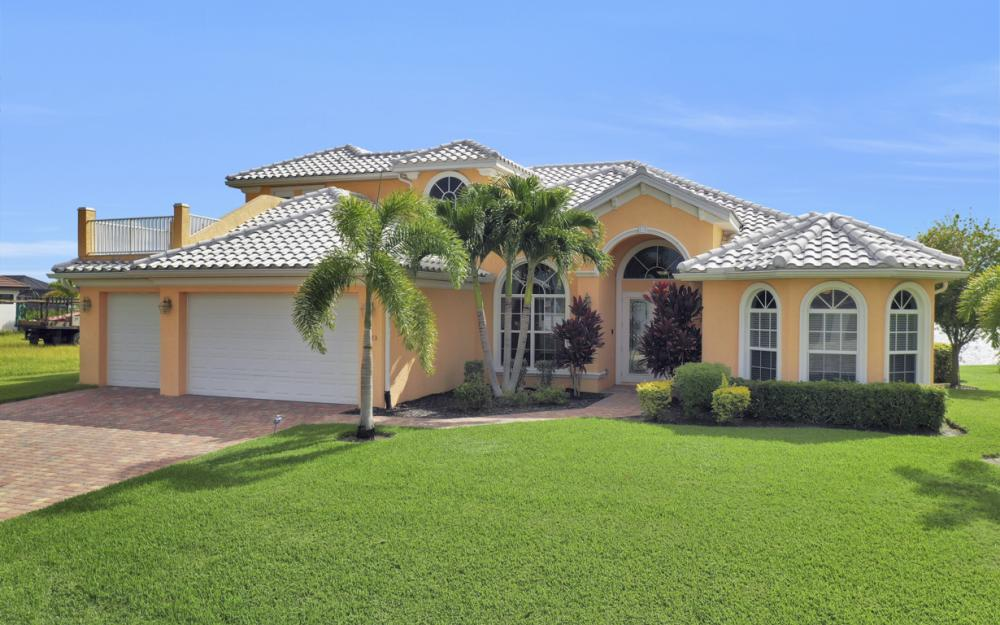 5423 SW 6th Ave, Cape Coral - Home For Sale 484190436
