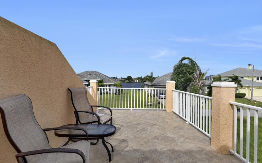 5423 SW 6th Ave, Cape Coral - Home For Sale 1304601189