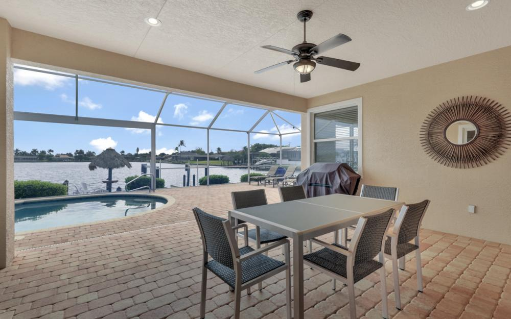 5423 SW 6th Ave, Cape Coral - Home For Sale 1727283583