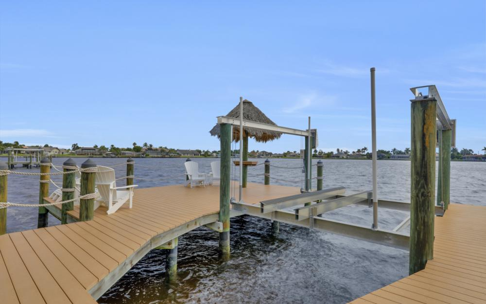 5423 SW 6th Ave, Cape Coral - Home For Sale 2023239701