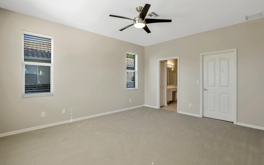 11077 Lakeland Cir, Fort Myers - Home For Sale 1112275806