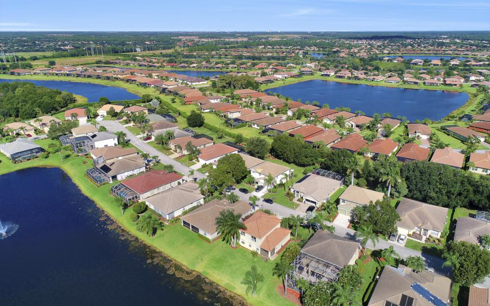 11077 Lakeland Cir, Fort Myers - Home For Sale 1084640224