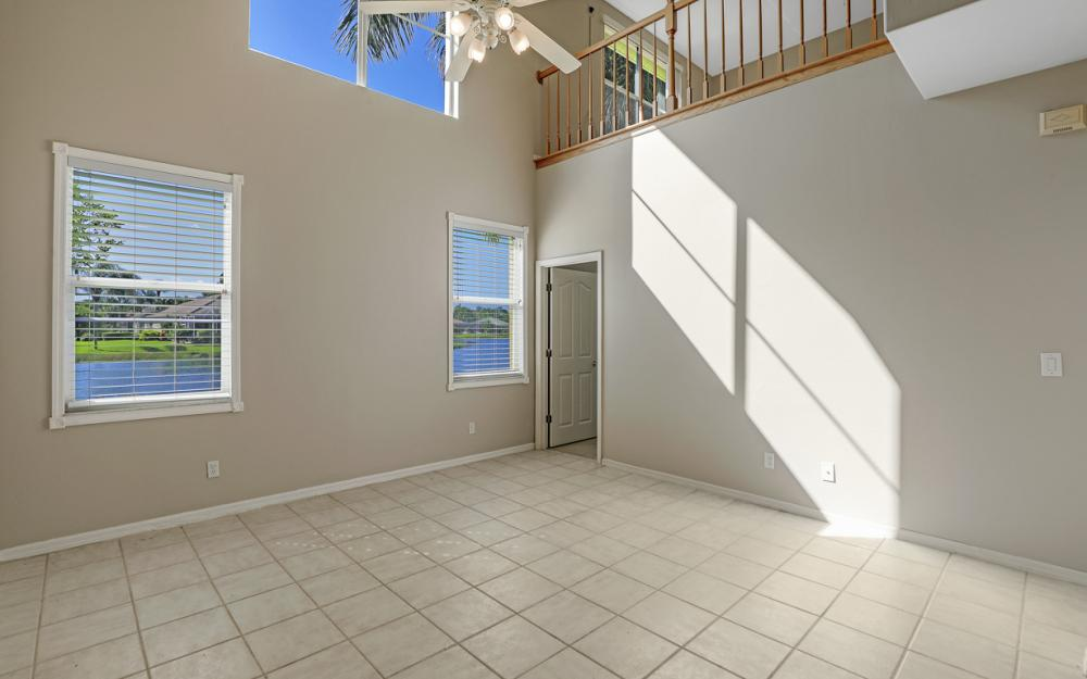 11077 Lakeland Cir, Fort Myers - Home For Sale 709958480