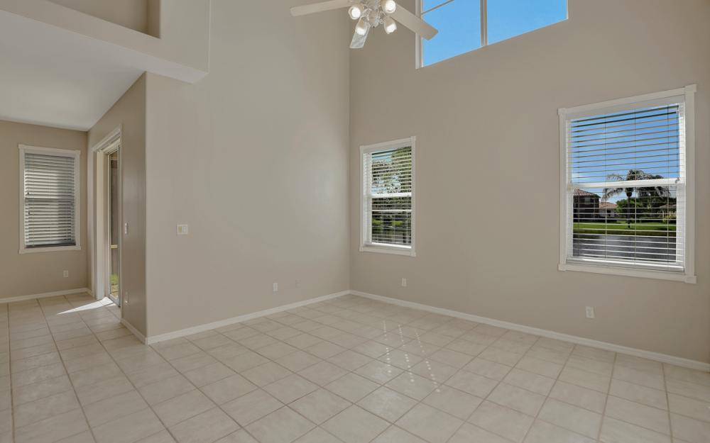 11077 Lakeland Cir, Fort Myers - Home For Sale 653880056