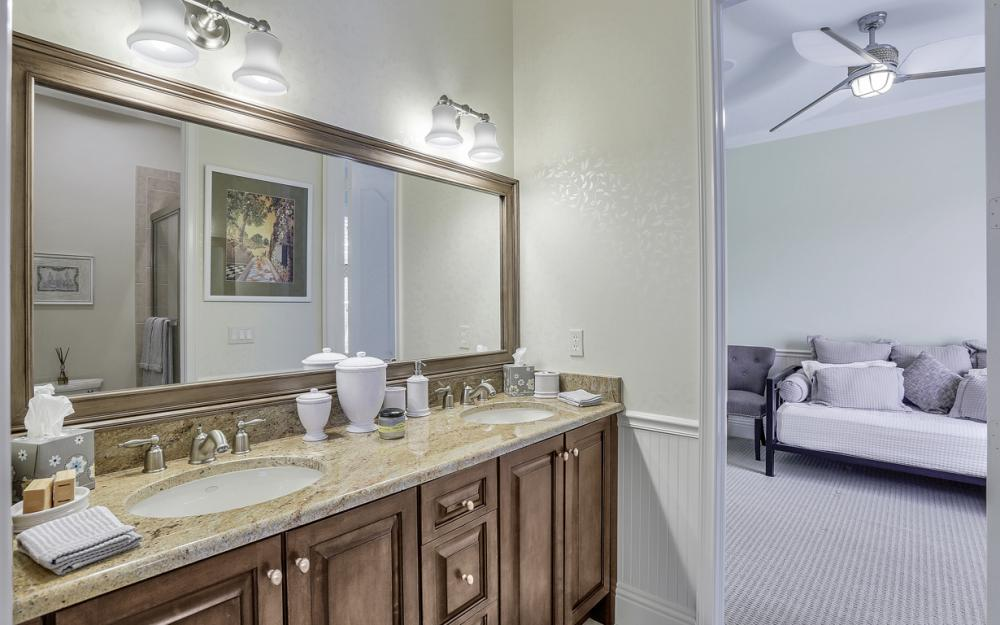 5745 Lancewood Way, Naples - Luxury Home For Sale 337736917