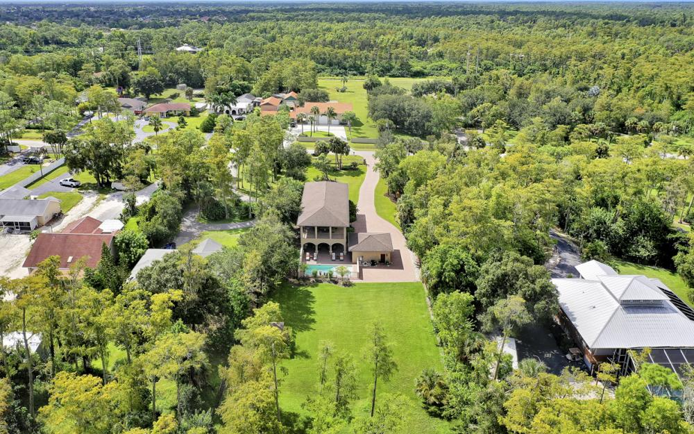 5745 Lancewood Way, Naples - Luxury Home For Sale 287343216