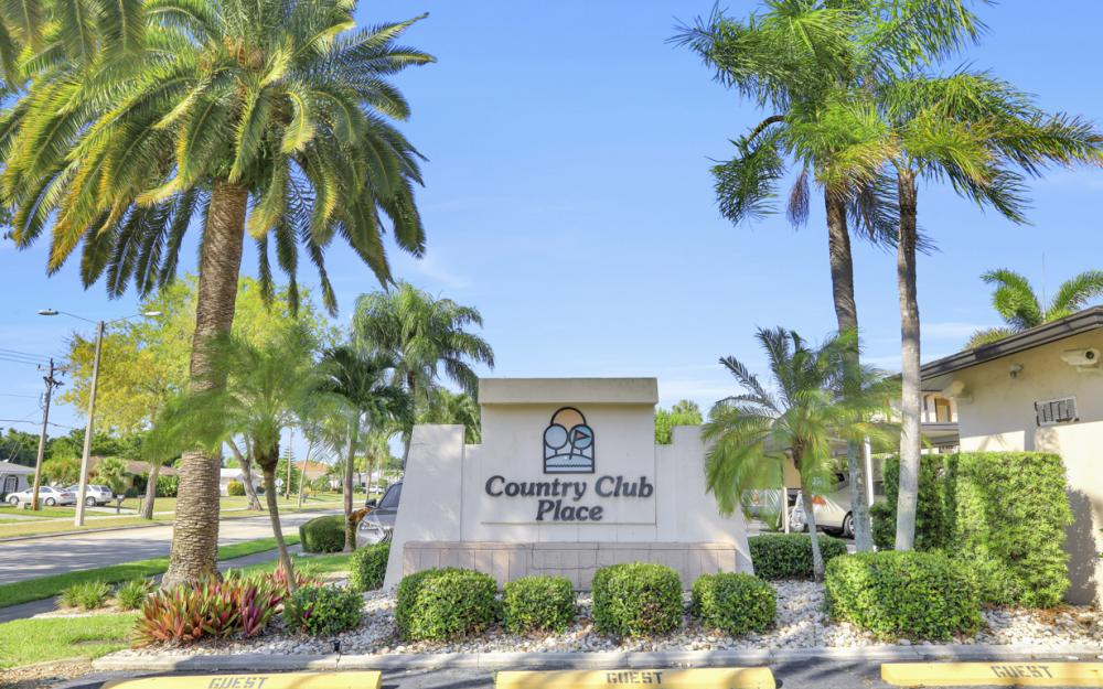 4525 Country Club Blvd #107, Cape Coral - Condo For Sale 1585697437