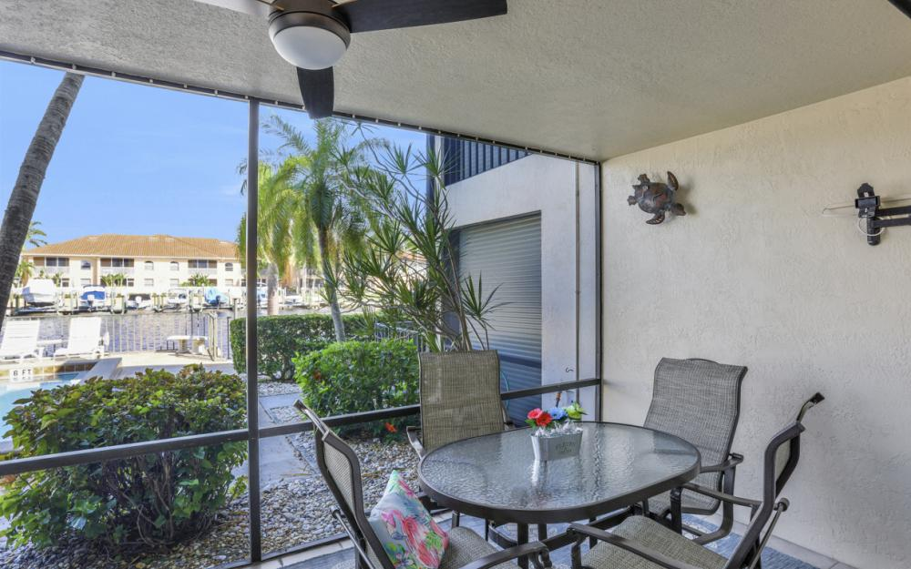 4525 Country Club Blvd #107, Cape Coral - Condo For Sale 33392462