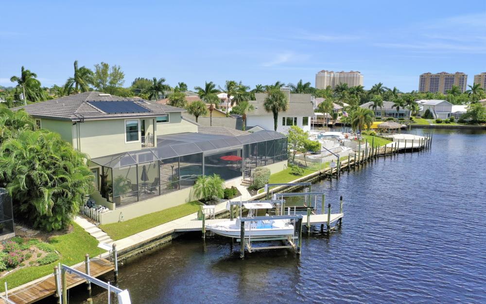 5606 SW 12th Pl, Cape Coral - Luxury Home For Sale 1107361045