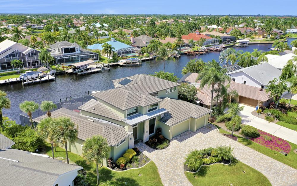 5606 SW 12th Pl, Cape Coral - Luxury Home For Sale 916824250