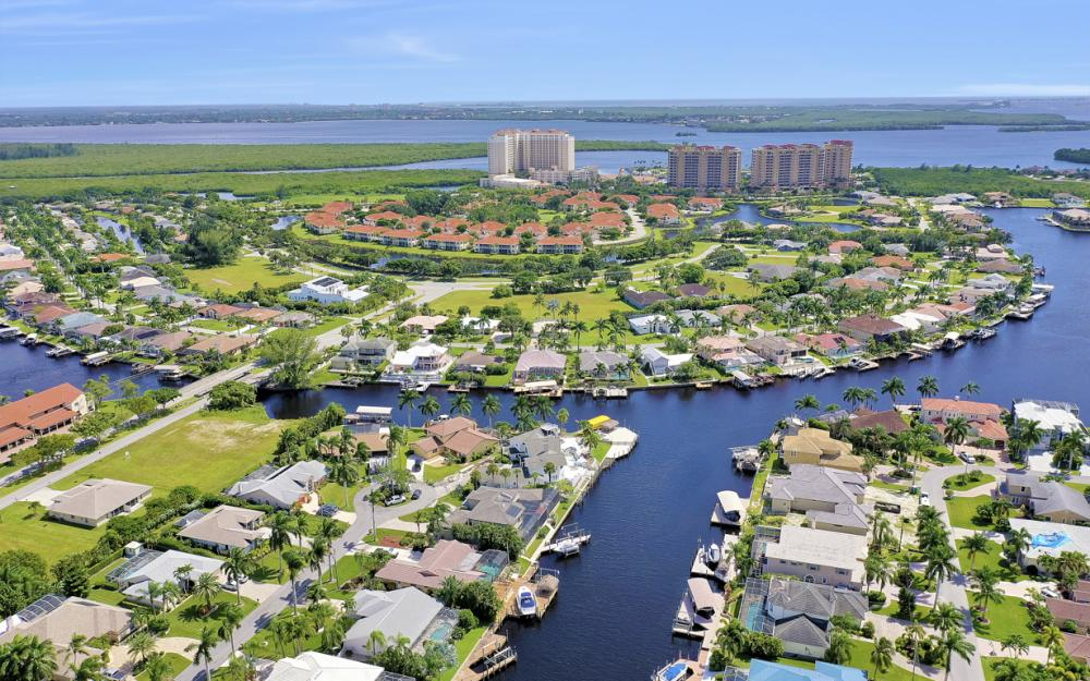 5606 SW 12th Pl, Cape Coral - Luxury Home For Sale 528575470