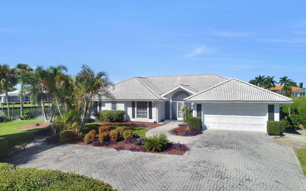180 Coral Ct, Marco Island - Home For Sale 1617294635