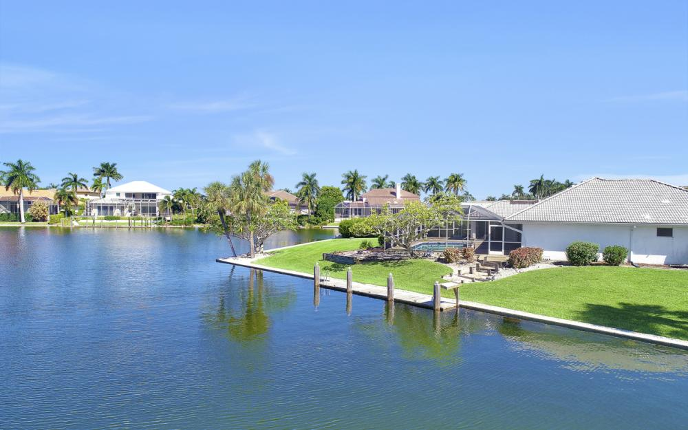 180 Coral Ct, Marco Island - Home For Sale 2139770957