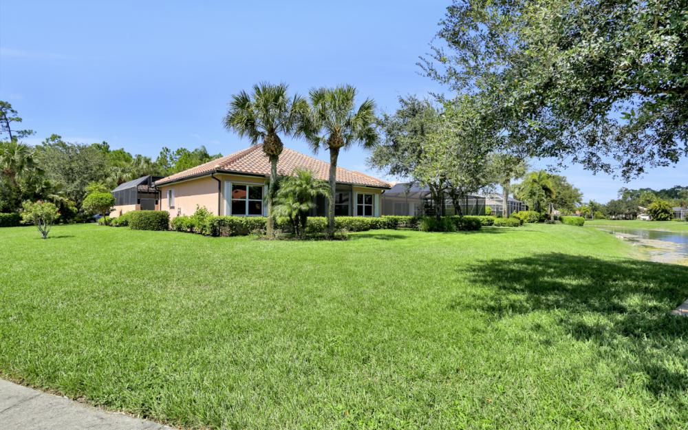 6254 Ashwood Ln, Naples - Home For Sale 412856224