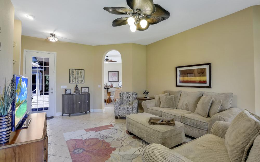 6254 Ashwood Ln, Naples - Home For Sale 1035828648