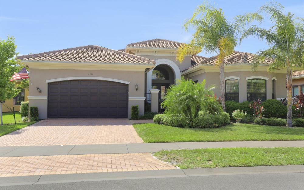 2749 Crystal Way, Naples - Home For Sale 25001406
