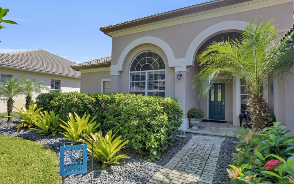 7050 Sugar Magnolia Cir, Naples - Home For Sale 224392404