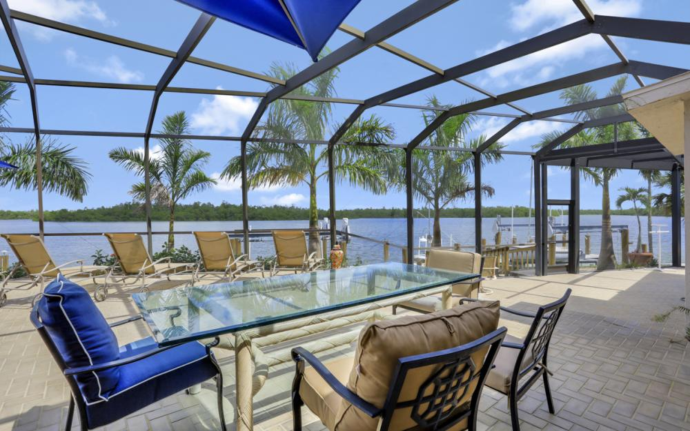 125 Stillwater Ct, Marco Island - Home For Sale 169391082