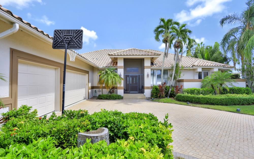125 Stillwater Ct, Marco Island - Home For Sale 1342769631
