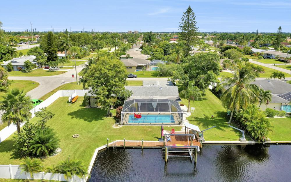 4814 SW 1st Ct, Cape Coral - Home For Sale 440846552