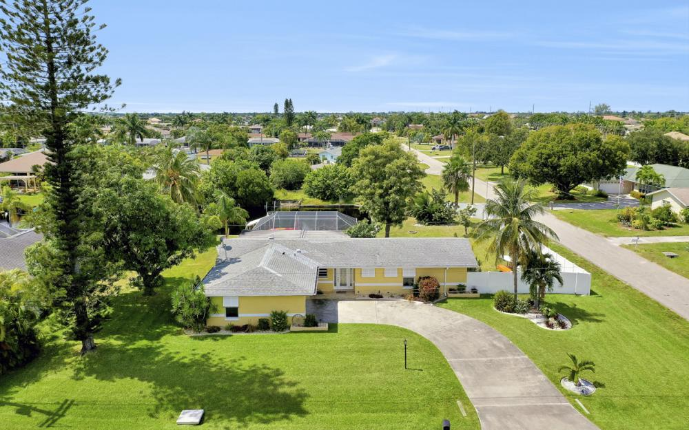 4814 SW 1st Ct, Cape Coral - Home For Sale 391063226