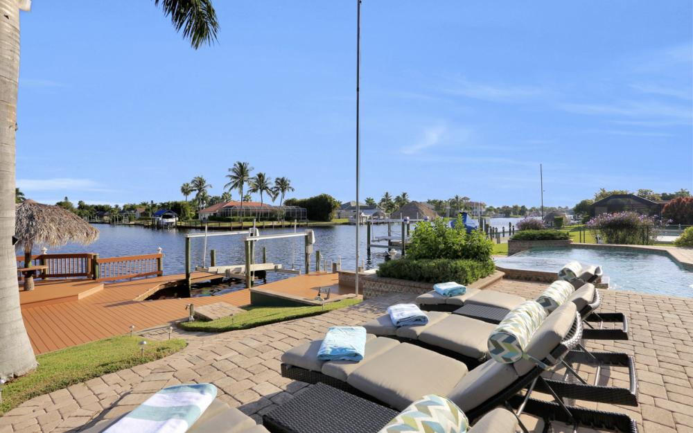 421 Bayshore Dr, Cape Coral - Vacation Rental 1718967427