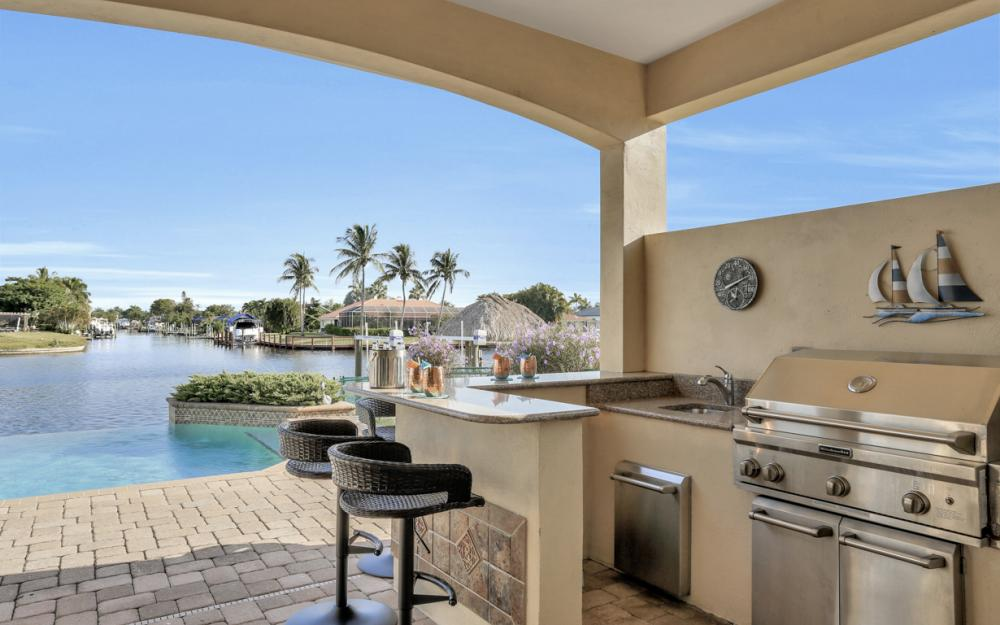 421 Bayshore Dr, Cape Coral - Vacation Rental 1978188778