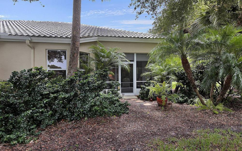 3383 Wildwood Lake Cir, Bonita Springs - House For Sale 1279927050
