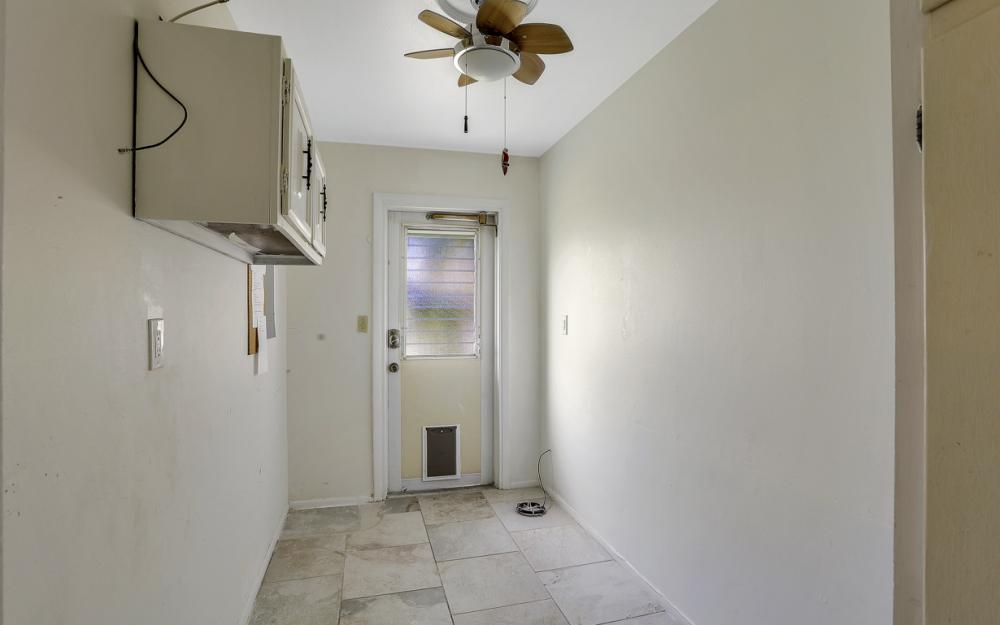 1670 Saint Clair Ave, N Fort Myers - Home For Sale 272086471