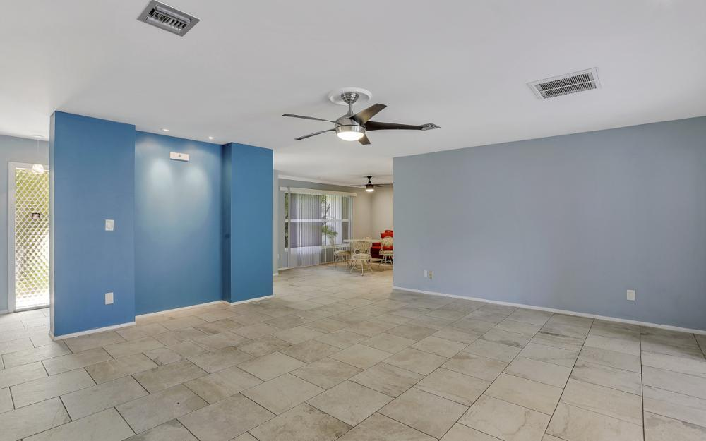 1670 Saint Clair Ave, N Fort Myers - Home For Sale 912222315