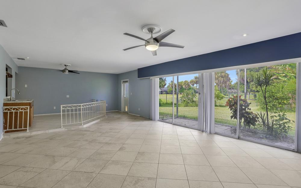 1670 Saint Clair Ave, N Fort Myers - Home For Sale 981544882