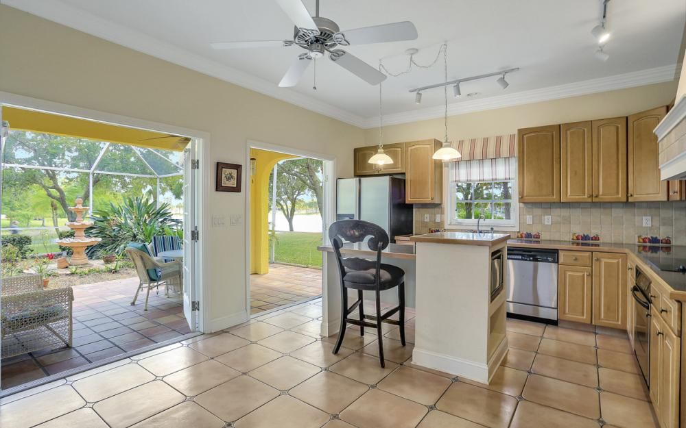 1904 Piccadilly Cir, Cape Coral - Home For Sale 1723865037