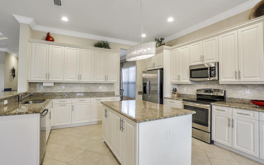 3212 Atlantic Cir, Naples - Home For Sale 304089859