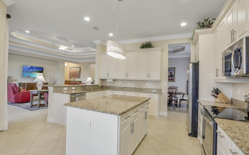 3212 Atlantic Cir, Naples - Home For Sale 830274019