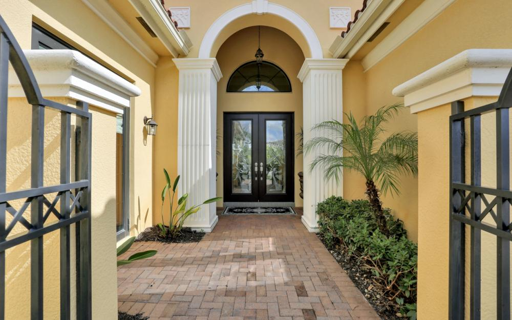 3212 Atlantic Cir, Naples - Home For Sale 320055796