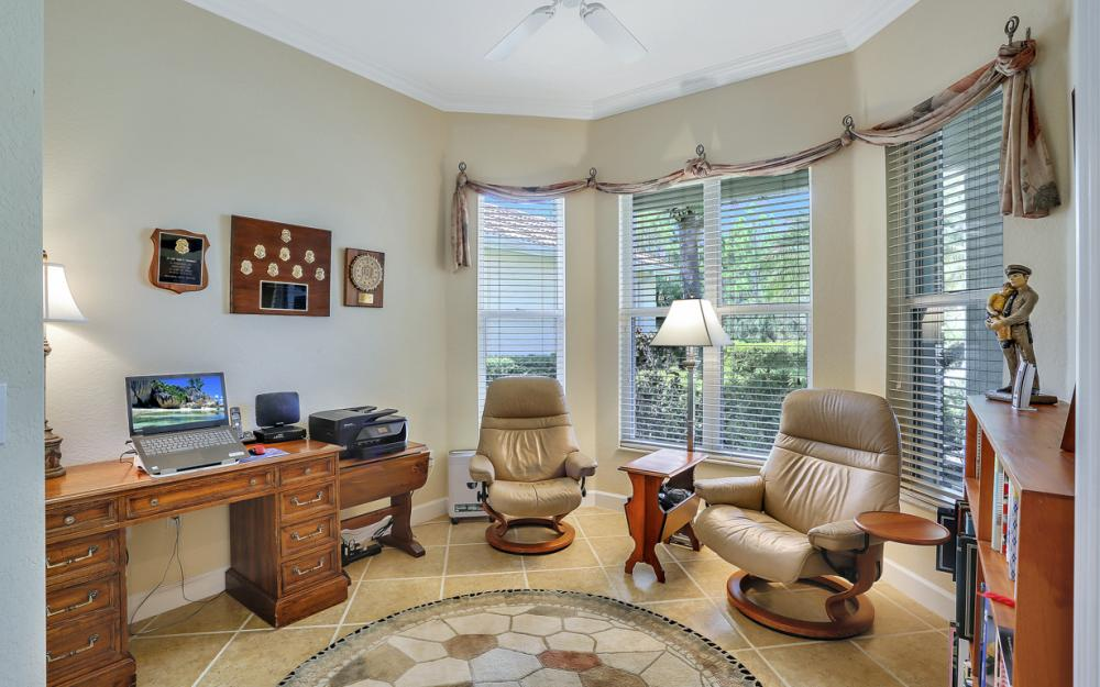 6270 Ashwood Ln, Naples - Home For Sale 883981209