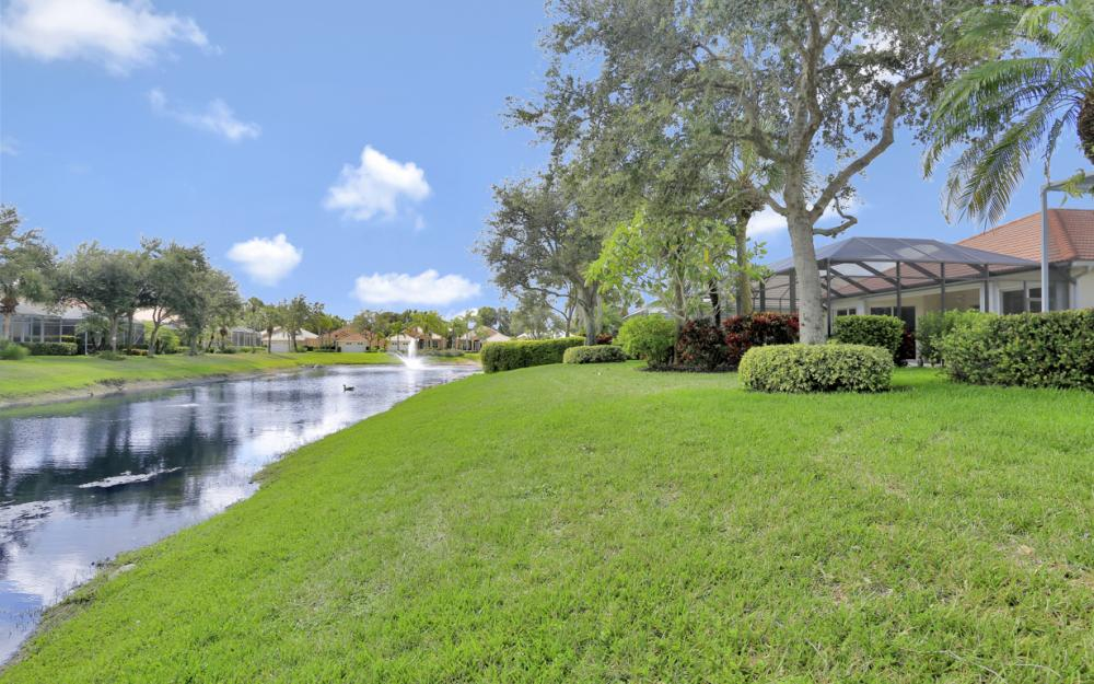 6270 Ashwood Ln, Naples - Home For Sale 809087311