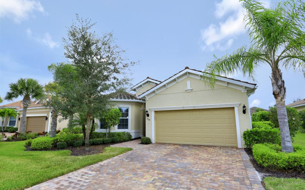 9328 Fieldstone Ln, Naples - Home For Sale 1165811082