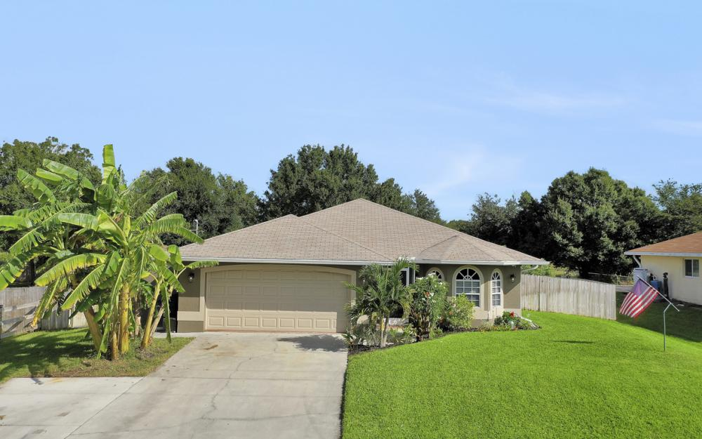 3848 Heyburn Ave, Fort Myers - Home For Sale 313376102