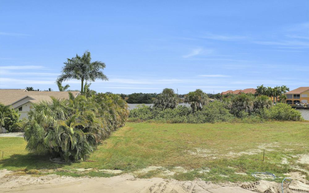 117 SW 33rd Ave, Cape Coral - Lot For Sale 2120596319