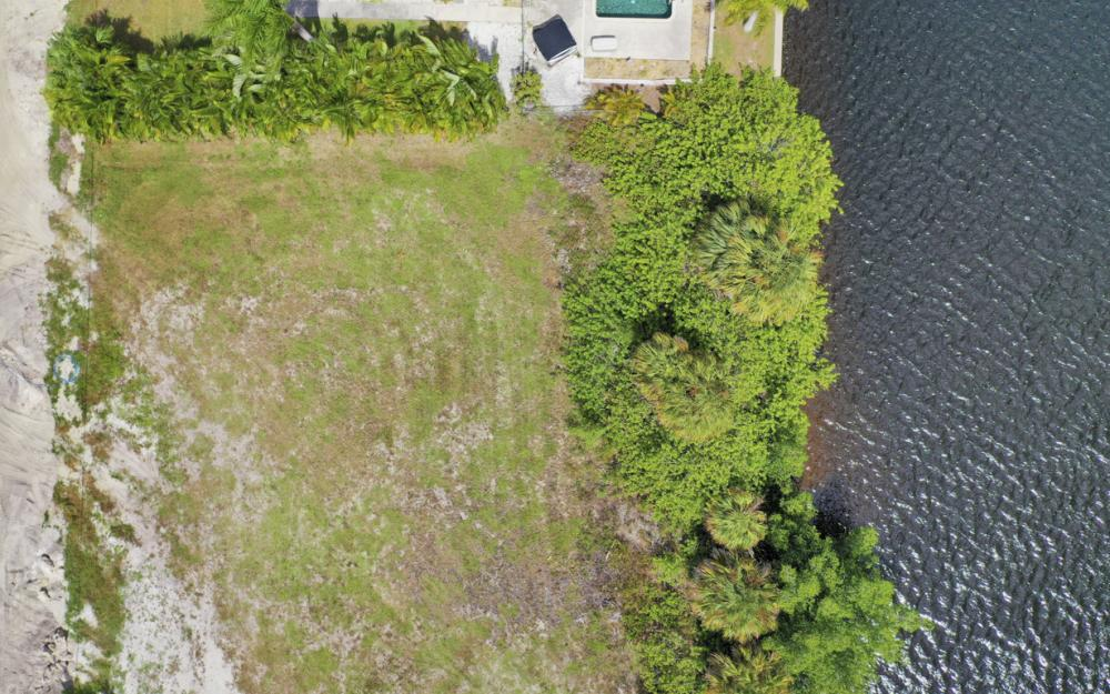 117 SW 33rd Ave, Cape Coral - Lot For Sale 2005449445