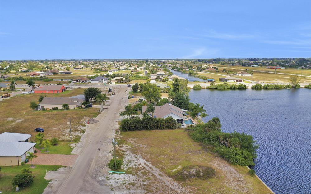117 SW 33rd Ave, Cape Coral - Lot For Sale 215502733