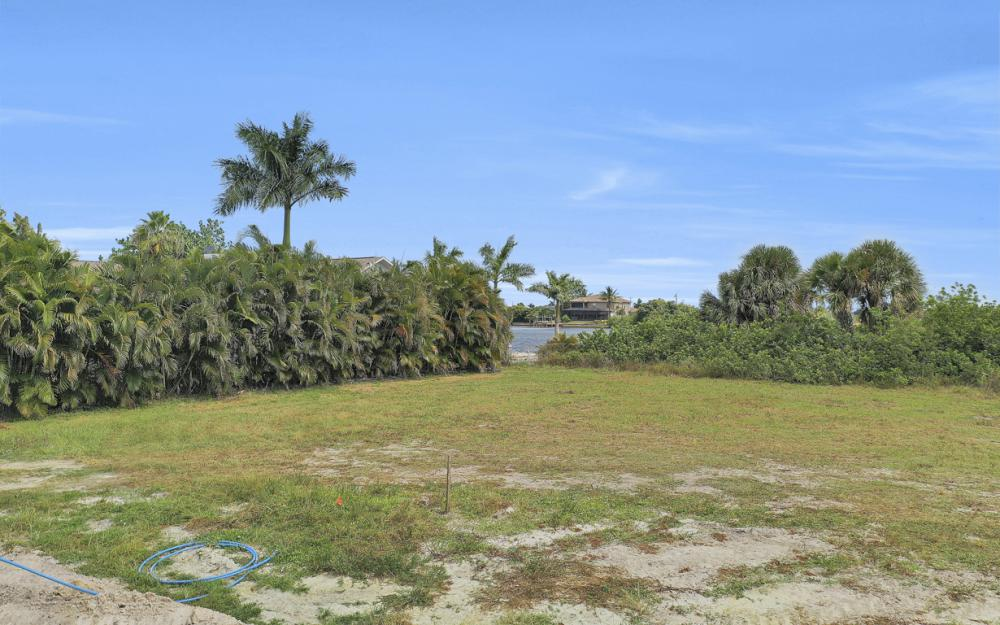 117 SW 33rd Ave, Cape Coral - Lot For Sale 456894369
