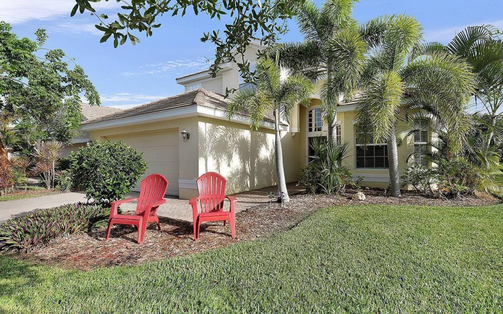 2414 Verdmont Ct, Cape Coral - House For Sale 1781737532