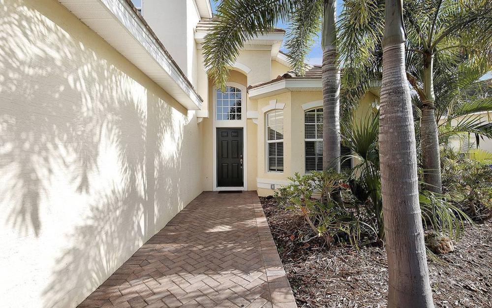 2414 Verdmont Ct, Cape Coral - House For Sale 683625599