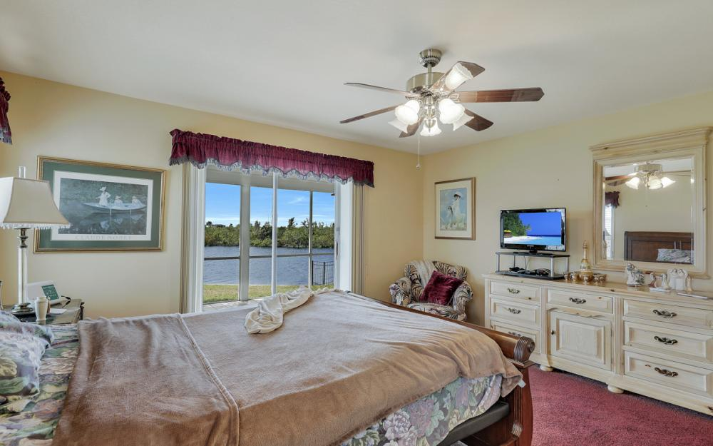 4216 NW 20th St, Cape Coral - Home For Sale 1134488094