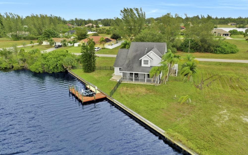 4216 NW 20th St, Cape Coral - Home For Sale 1878463643