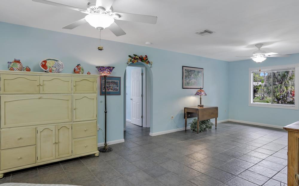 25588 Stillwell Pkwy, Bonita Springs - Home For Sale 635382855